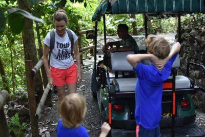 Costa Rica Manuel Antonio Arenas Del Mar Golf Cart