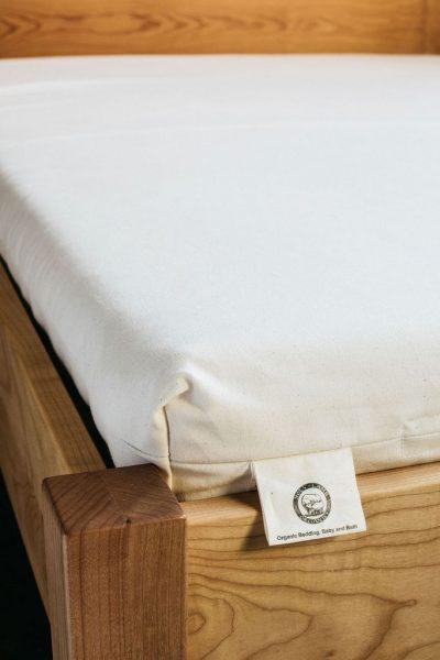 Holy Lamb Organics Wool & Latex Shikibuton from gimme the good stuff