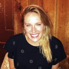 Rebecca Stern Headshot